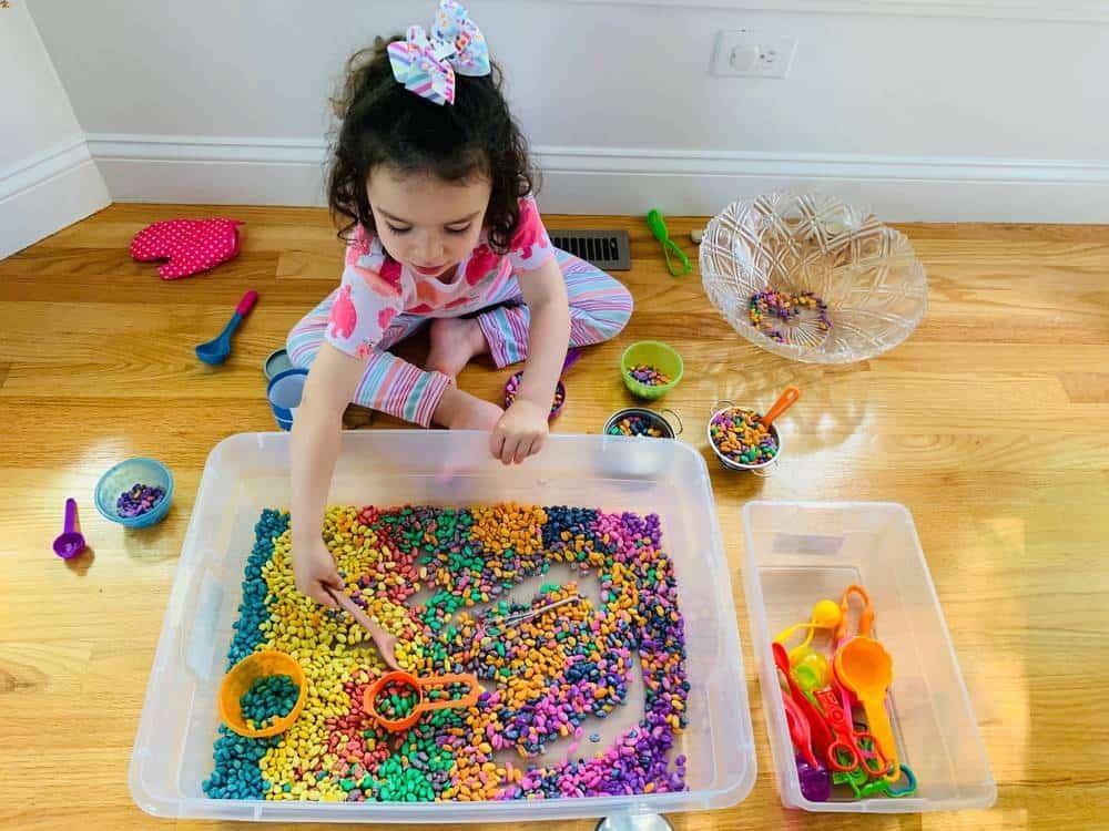 Making magic soup toddler sensory bin fun