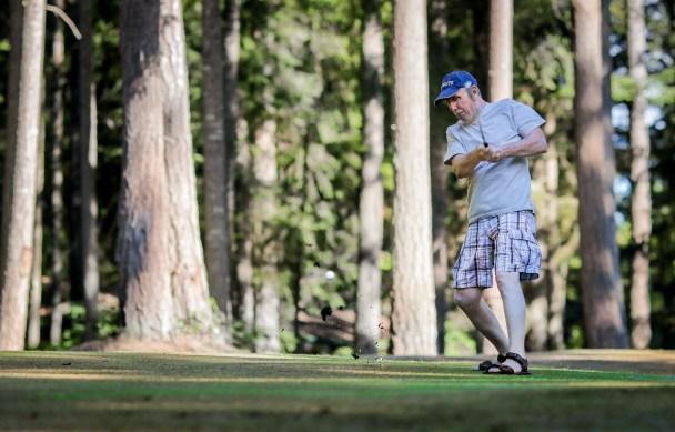 dad golfing