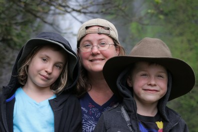 Mom, daughter, son in front of Multnomah Falls