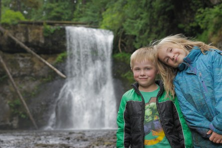 evan alaina posing in front of silver falls