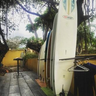 Jaco Beach surfing