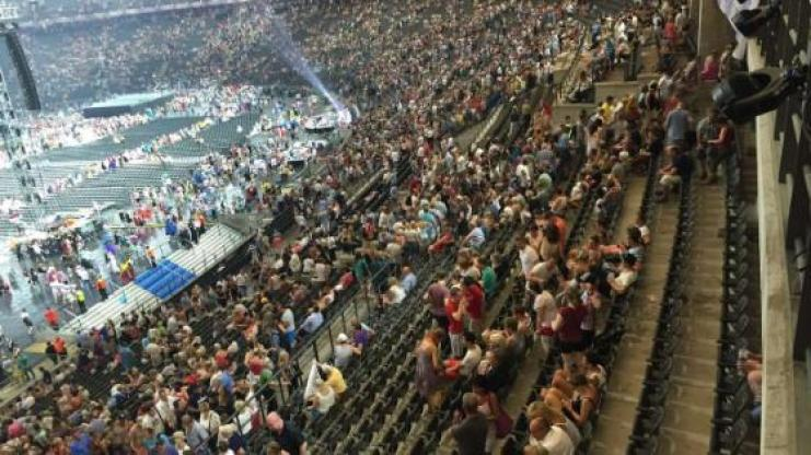 The Berlin Concert of Helene Fischer canceled due to heavy storm