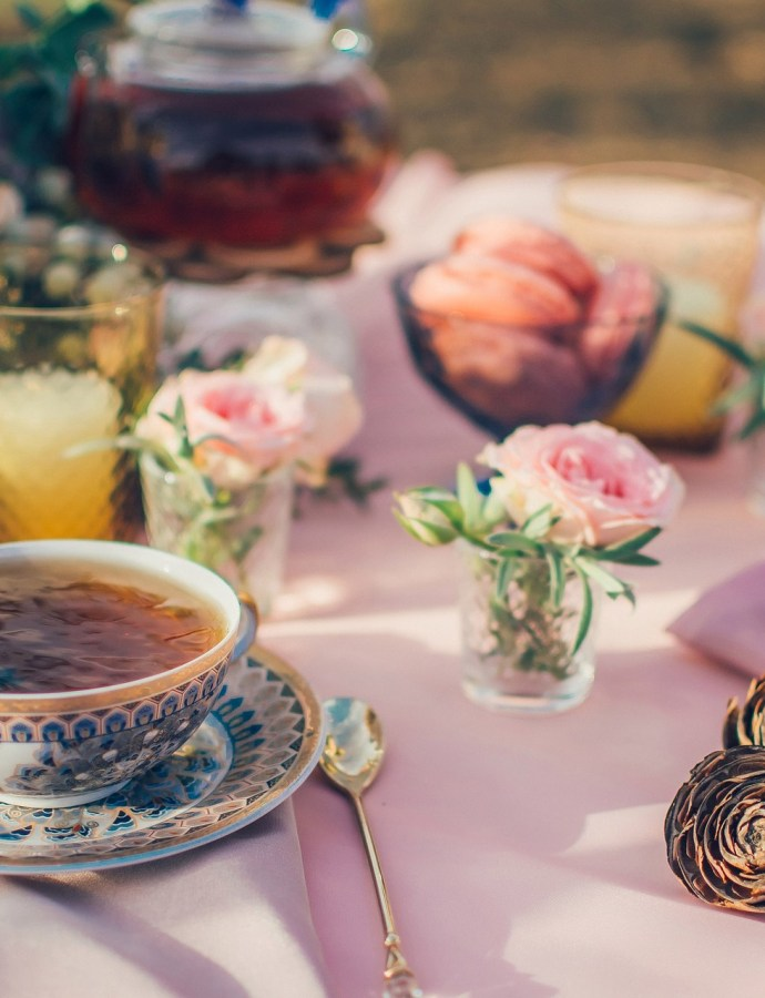 Sekrety popołudniowej  herbaty czyli jak to jest naprawdę z tą afternoon cup of tea