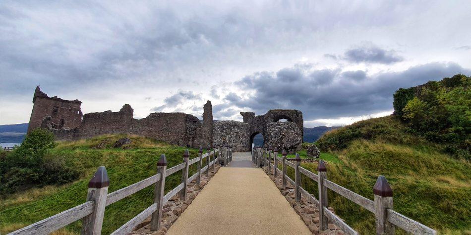 Zamek Urquhart w Szkocji