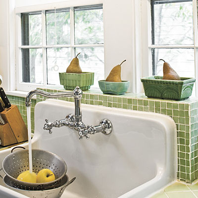 Old fashion style faucet