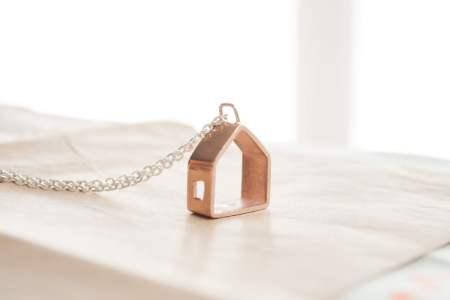 76d21a7680c3 Collar casita de oro rosado