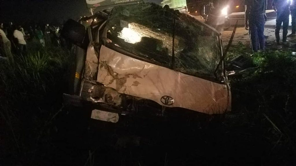 Scores of Passengers Injured In Near-Fatal Accident at Suhum – Amanase 3