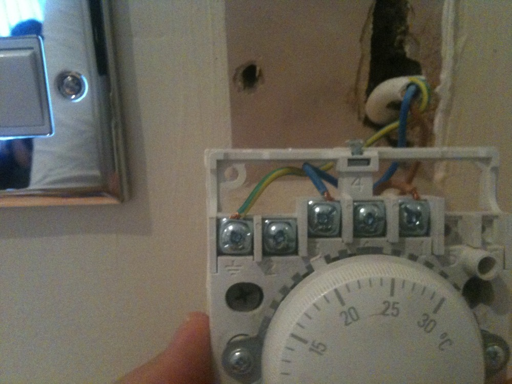 Room Thermostat Wiring