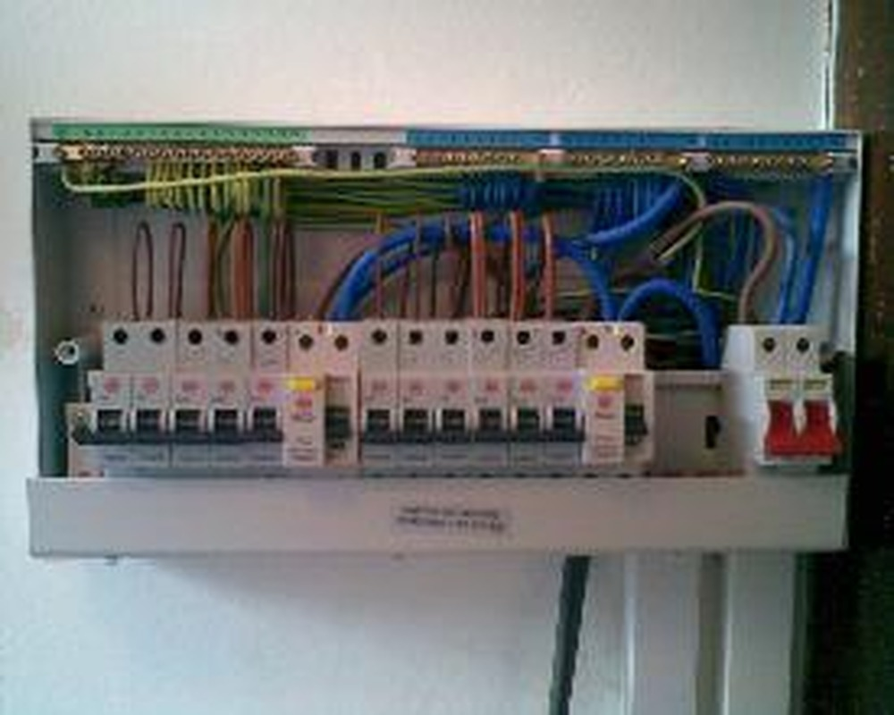 hight resolution of electrical installations fully loaded 17th edition fuse board central contractors midlands ltd 100 feedback
