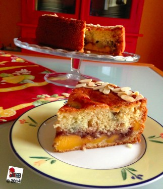 http://wp.me/p2x5x0-16N , Torta al rabarbaro, crema pasticcera e fragole