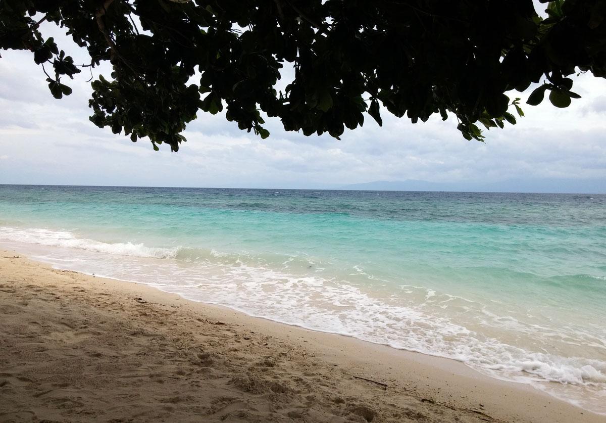 Lambug Beach in Badian offers perfect, peaceful getaway