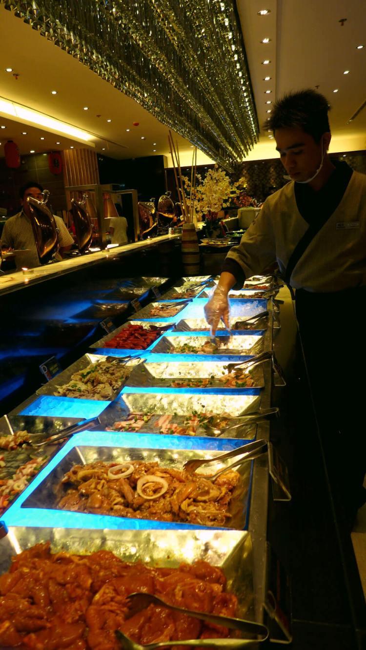 Yakimix Cebu buffet selection