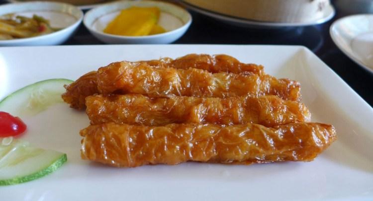 Bean curd with shrimps.
