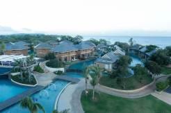 Be Grand Resort Bohol private villas