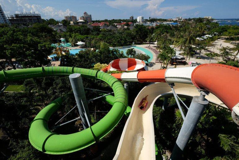 Jpark Waterpark slide