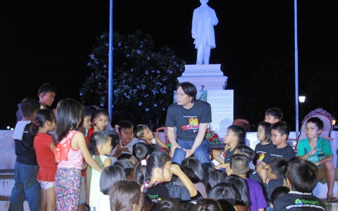 Smart holds festival, rekindles love for local stories