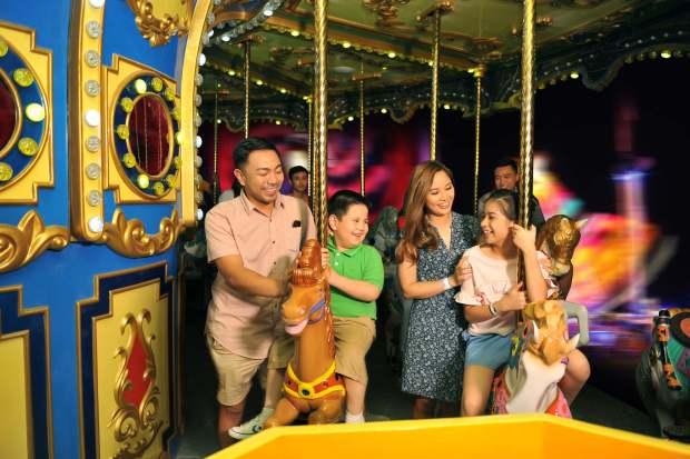 Golden Carousel Anjo World Cebu