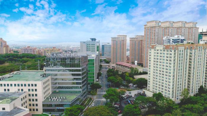 MCKINLEY HILL. The 50-hectare McKinley Hill in Fort Bonifacio celebrates its 15th anniversary this year and serves as a home to 90,000 office workers.