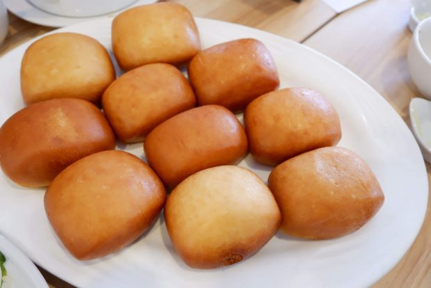 Tien Ma's fried mantou has a special dip.