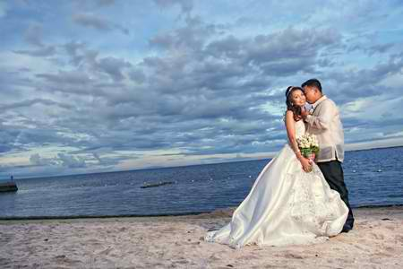 Vistamar beach wedding packages mactan debuts i dos its your special wedding day at the beach getaway from the hustle and bustle of a busy career life and spend the day with family friends and your junglespirit Images