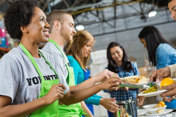 Special ways to volunteer in Chicago this Spring - Checkexpress