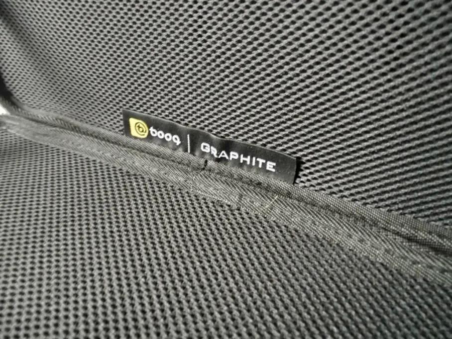 booq-graphite-7