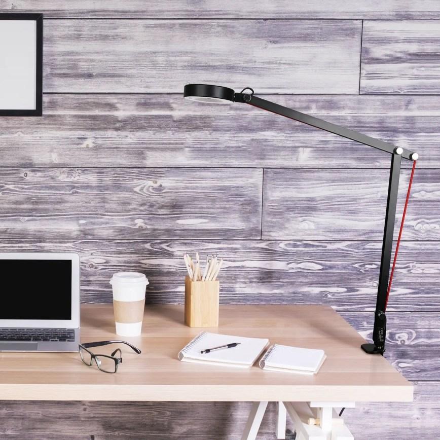 Comment j'ai aménagé mon bureau pour travailler avec mon Chromebook