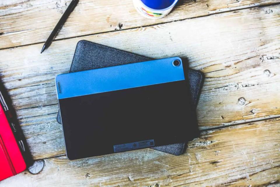 Chromebook Lenovo IdeaPad Duet fin et coloré