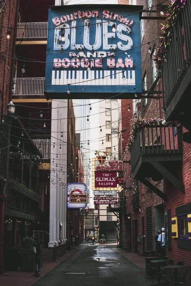 Nashville Printer's Alley - 48 Hours In Nashville - Road Trip Planner, Road Trips USA, Road Trip America, Road Trips In USA, road trips planning, america road trip, road trip USA, best road trips in America, best road trip stops along I-65