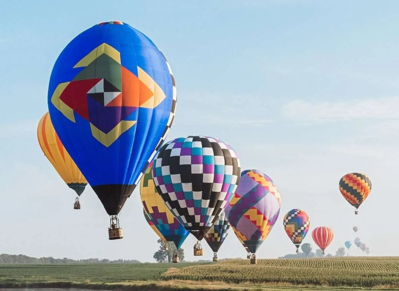 National Balloon Classic in Iowa, Summer Road Trips, Travel This Summer, Best Places to Travel in July, Summer Road Trip, 4th of July, travel this summer,