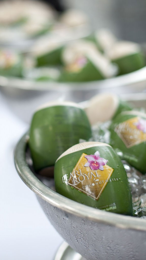 Pearl-Royal-Coconut-Water-chilled-576x1024