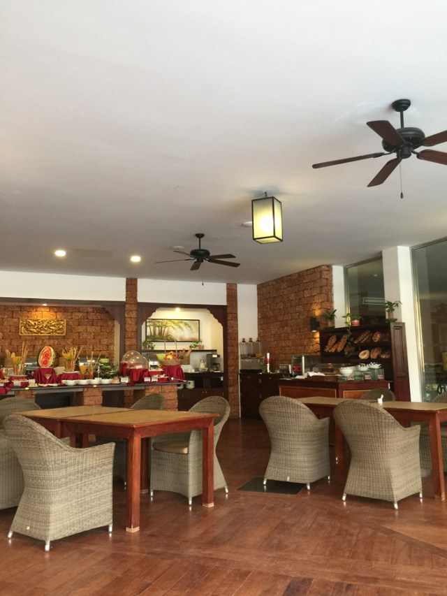bagan-lodge-restaurant