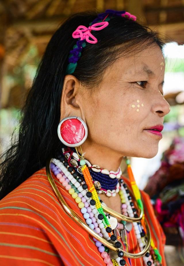karen-long-neck-chiang-woman-chiang-mai-5