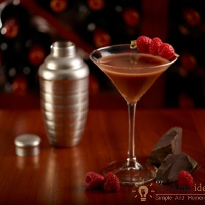 Baileys Based Chocolatini Cocktail