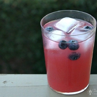 Energizing Blueberry Lemonade