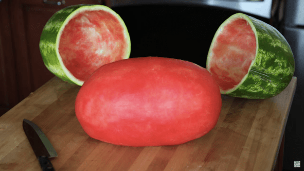 Skin A Watermelon ! Cool Eye-catching Party Trick