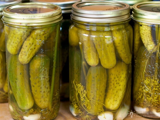 Tasty And Simple Recipe For Homemade Pickles !