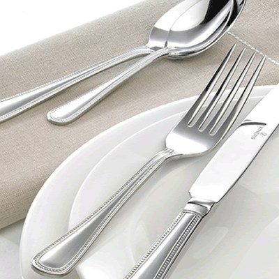 5 Positions Of The Cutlery Which Have Their Hidden Message For The Waiter