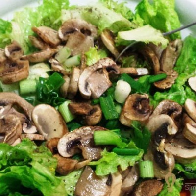 Cool Spring Salad With Fresh Mushrooms