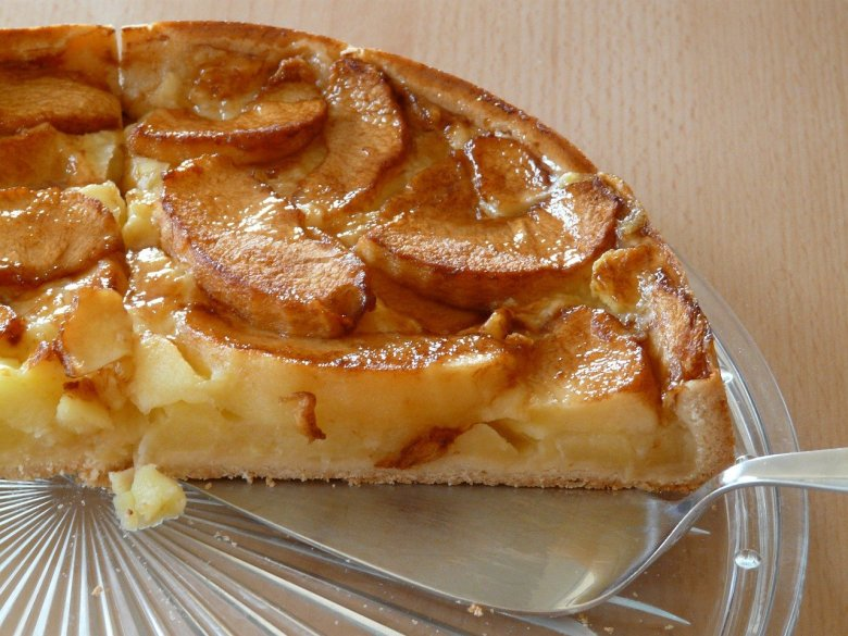 mary berry dutch apple cake recipe