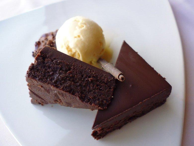 mary berry chocolate brownie cake