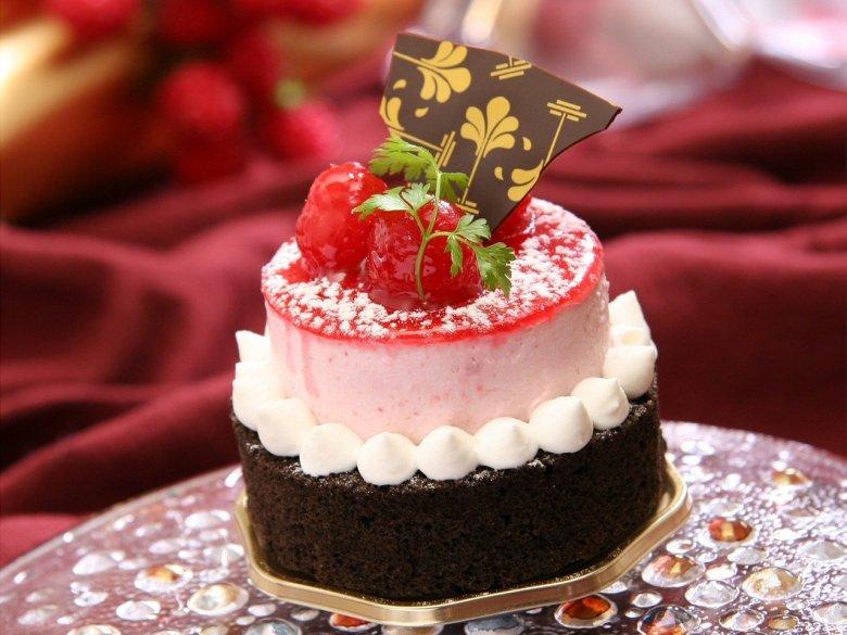 mary berry fudgy raspberry cake