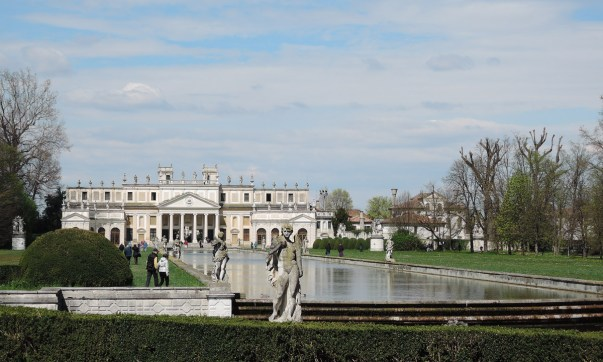 Villa Pisani Garden
