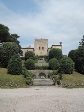 Castle near the Wine Shop