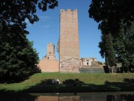 Ruins, Noale
