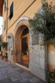 A lovely ceramics shop, Cetona