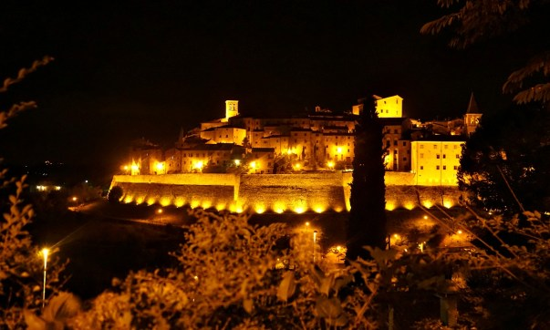 Anghiari by night