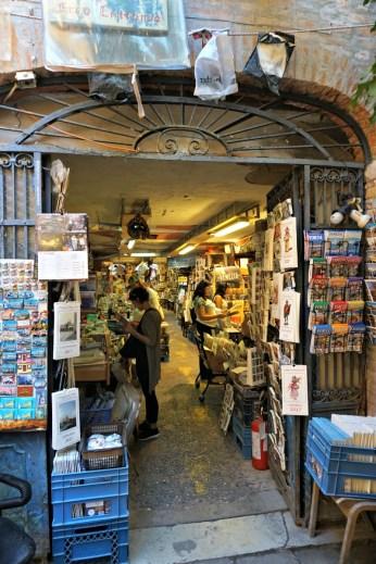 Libreria Acqua Alta Entrance