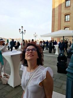 Roberta admiring the facade