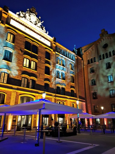 Hilton Molino Stucky at night